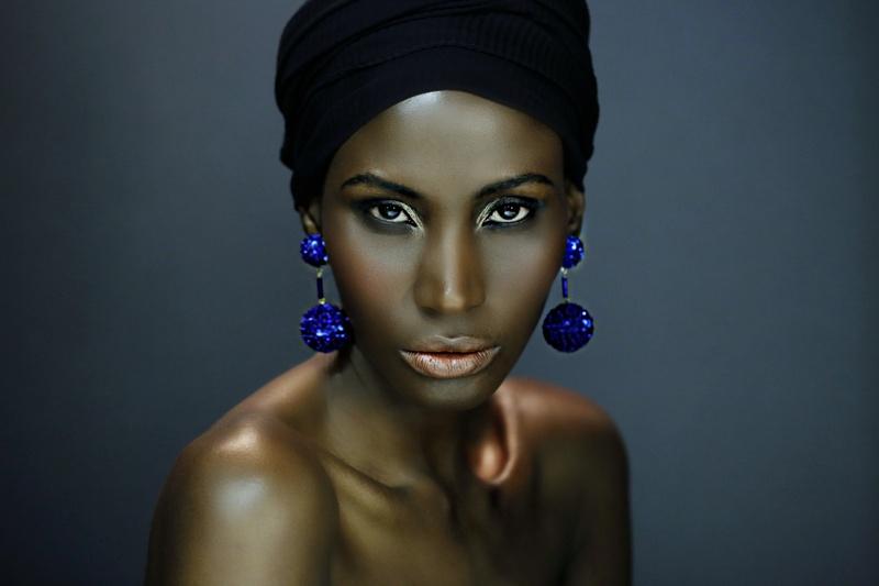 Female model photo shoot of AlexLowry