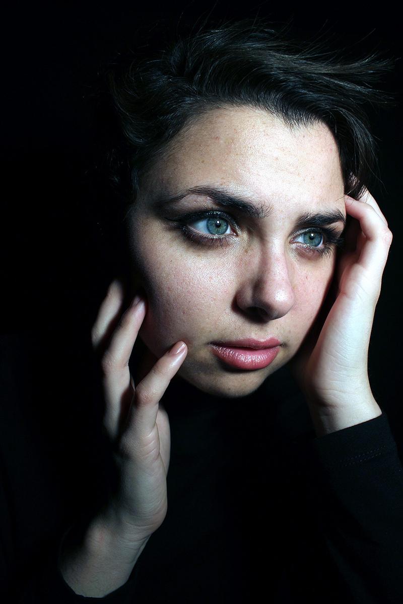 Female model photo shoot of Allyson N Frazier in Monmouth, IL (Studio)