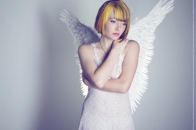 http://photos.modelmayhem.com/photos/140318/11/53288d8344b2f.jpg