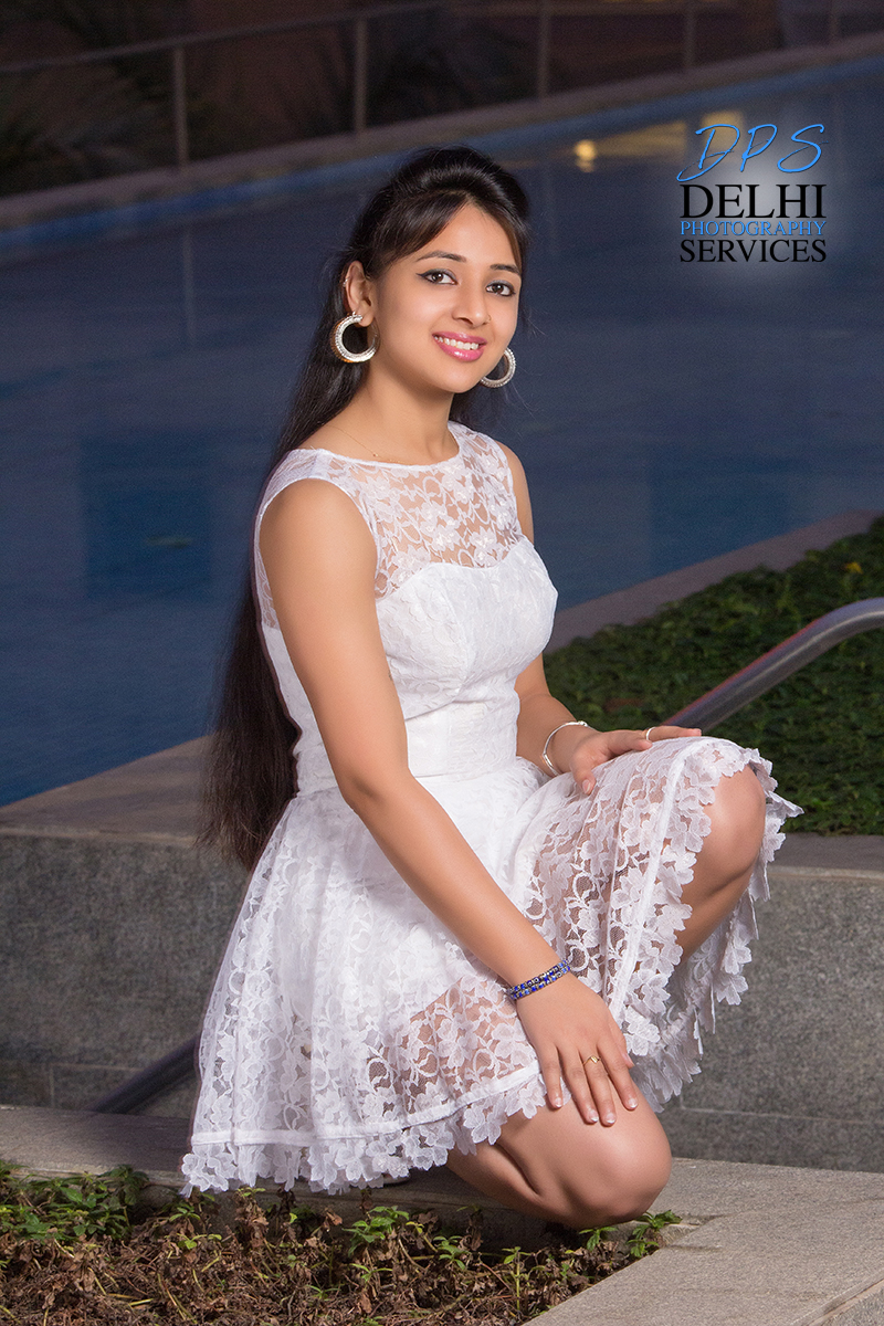 Female model photo shoot of nehaarora