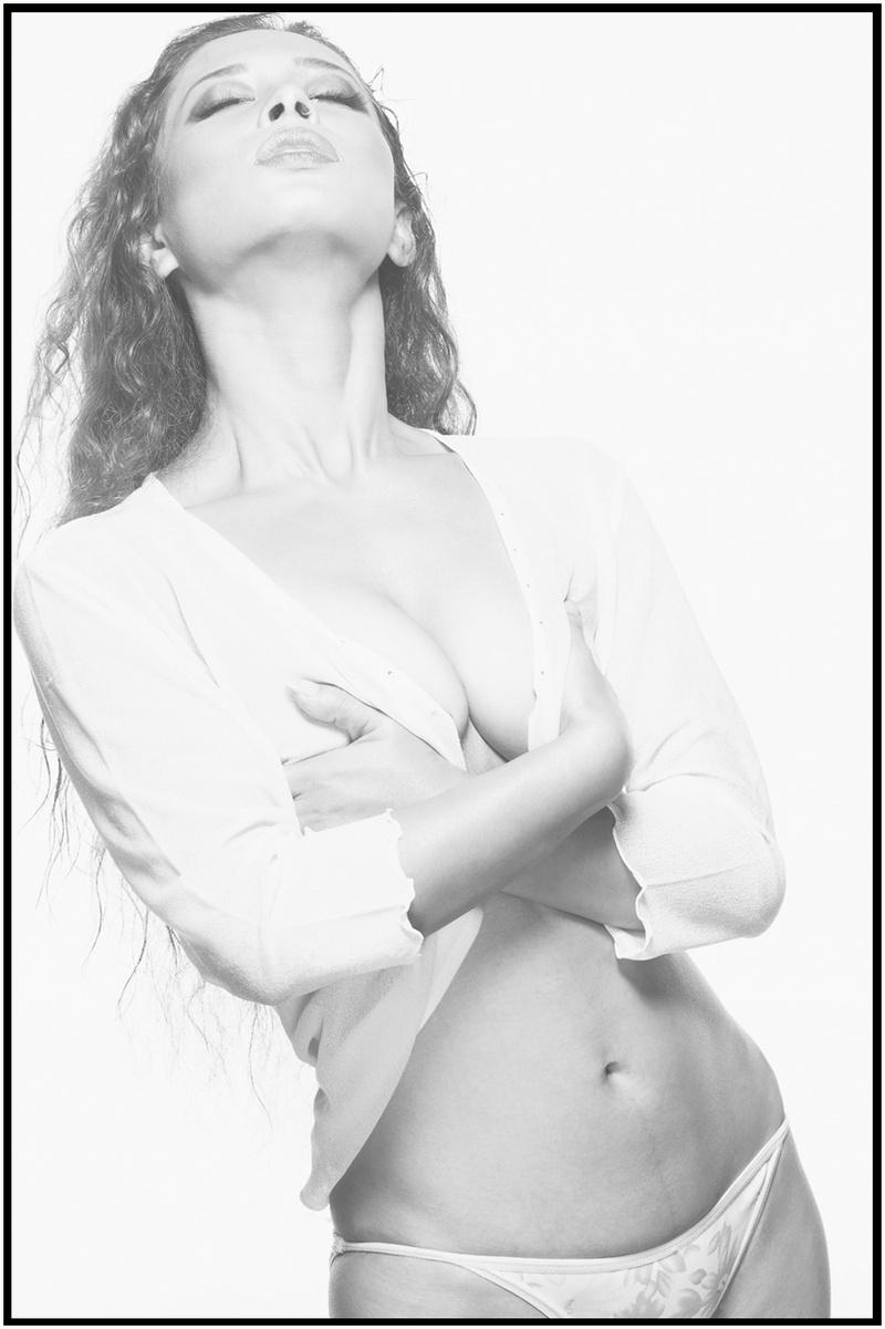 Female model photo shoot of ISHIKA BORAH in mumbai