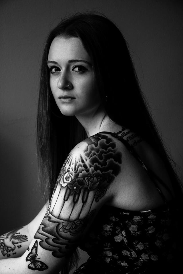 Female model photo shoot of Nicole Laura by Cory Williams Photo