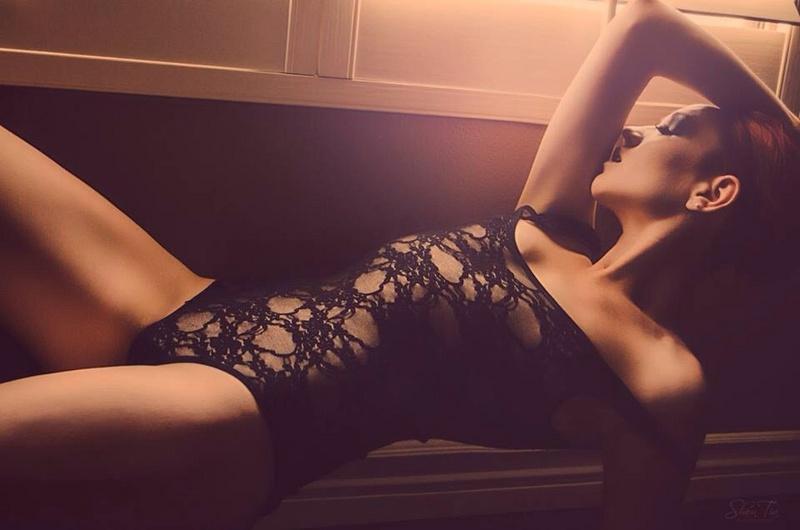 Female model photo shoot of Erin Renee in Gilbert, Az