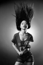 http://photos.modelmayhem.com/photos/140404/19/533f65cb037d3_m.jpg