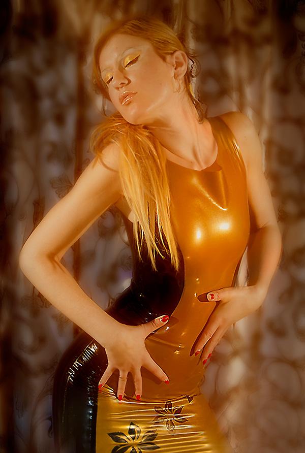Female model photo shoot of LiliVanili in Praha