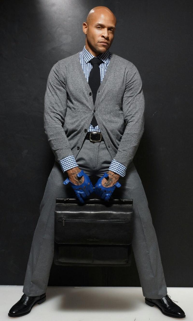 Male model photo shoot of BO PAYPERSHOW