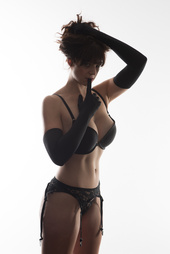 http://photos.modelmayhem.com/photos/140407/20/5343665b06d2c_m.jpg