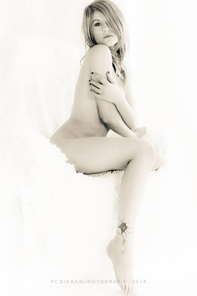 Female model photo shoot of LiliVanili in hannover