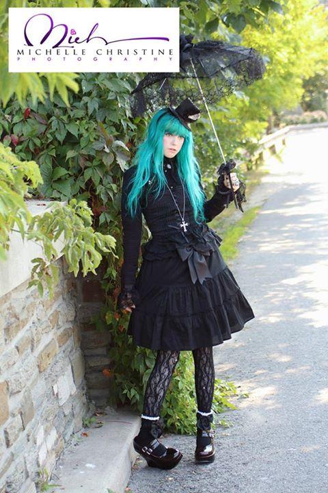 Female model photo shoot of EmilyElizabethEstrange
