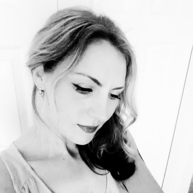 Female model photo shoot of Natalya 03