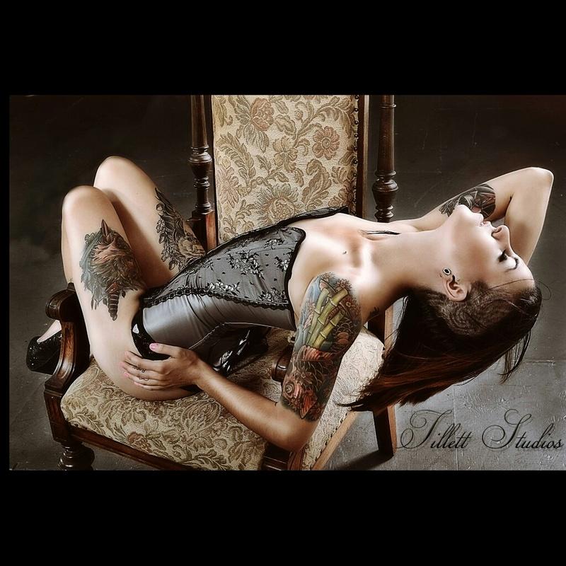 Female model photo shoot of missalikay