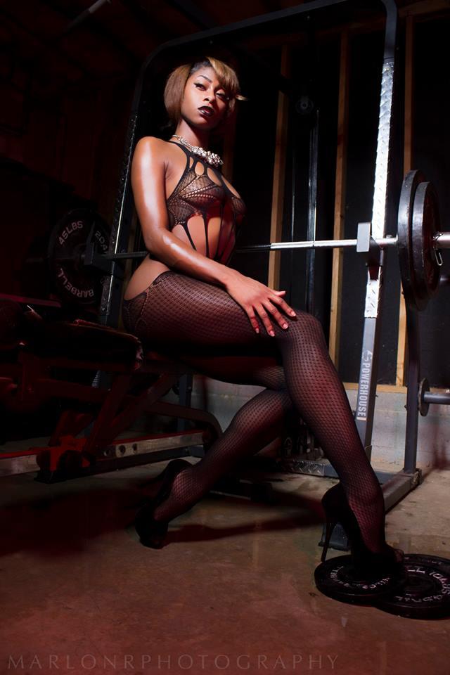 Female model photo shoot of Jay Davinci in atlanta,GA