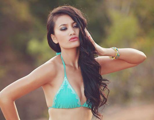 Female model photo shoot of El Frida Manik