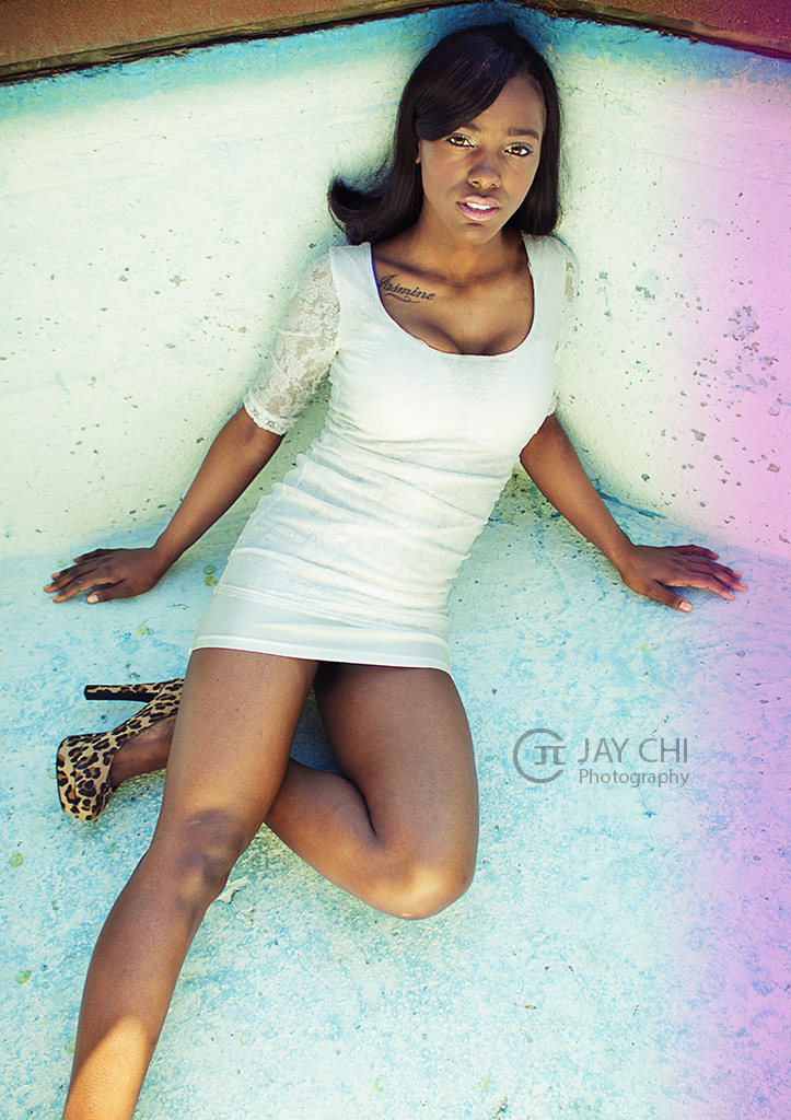 Female model photo shoot of Jasmine Gibson
