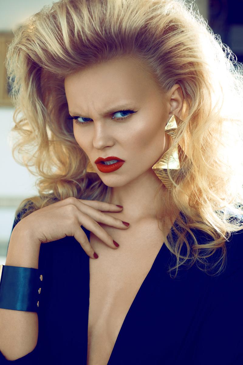 Female model photo shoot of Pari Retouch