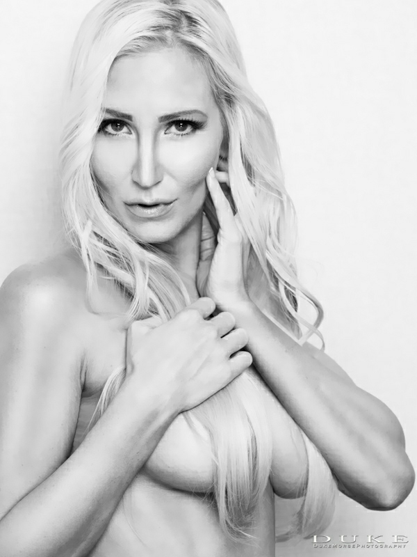 Female model photo shoot of Eva Lyn     by Duke Morse