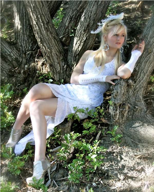 Female model photo shoot of Anna Weahunt in Aliso Viejo, CA