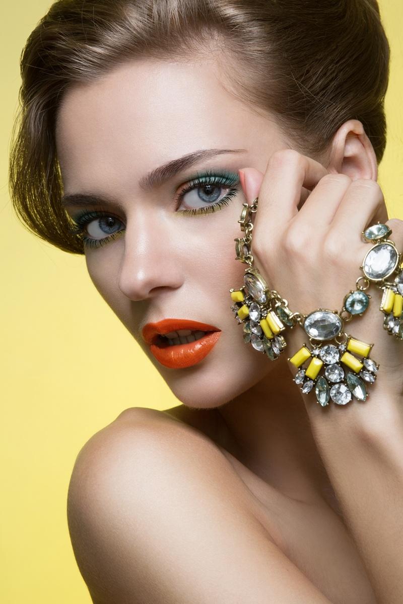 Female model photo shoot of JuliaJuliaRetouch by Smoshkov