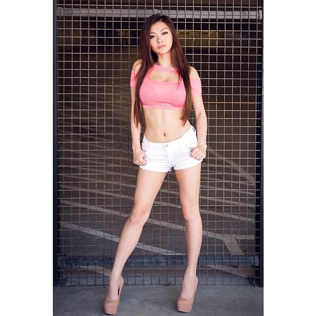 Vicki Li modelmayhem @vickibaybeee