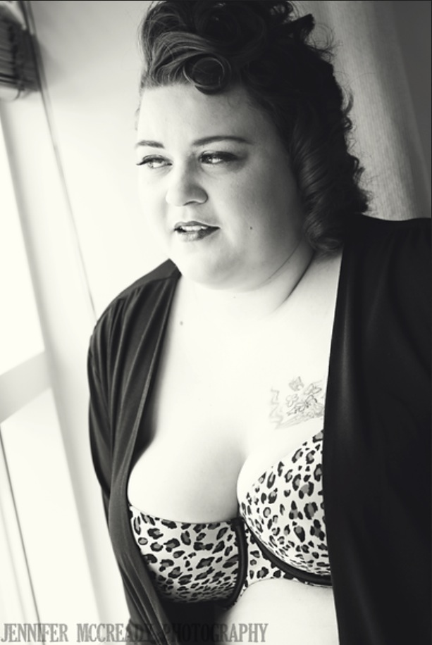 Female model photo shoot of MissCherryKissxo