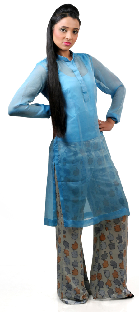 Female model photo shoot of nehaarora in Delhi
