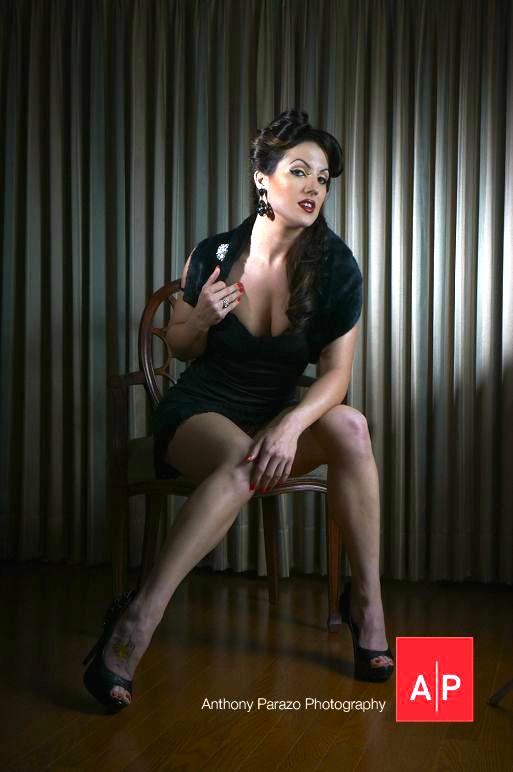 Female model photo shoot of Pinup Eleanor Van Venom