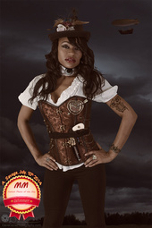 http://photos.modelmayhem.com/photos/140710/21/53bf69b4ea794_m.jpg