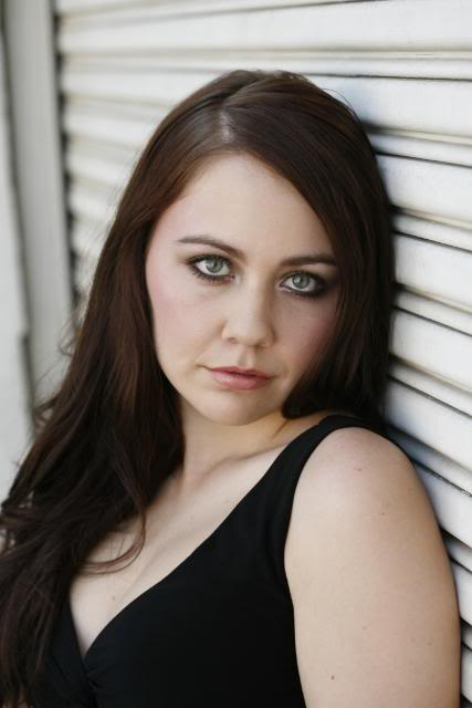 Female model photo shoot of Janine Middleton