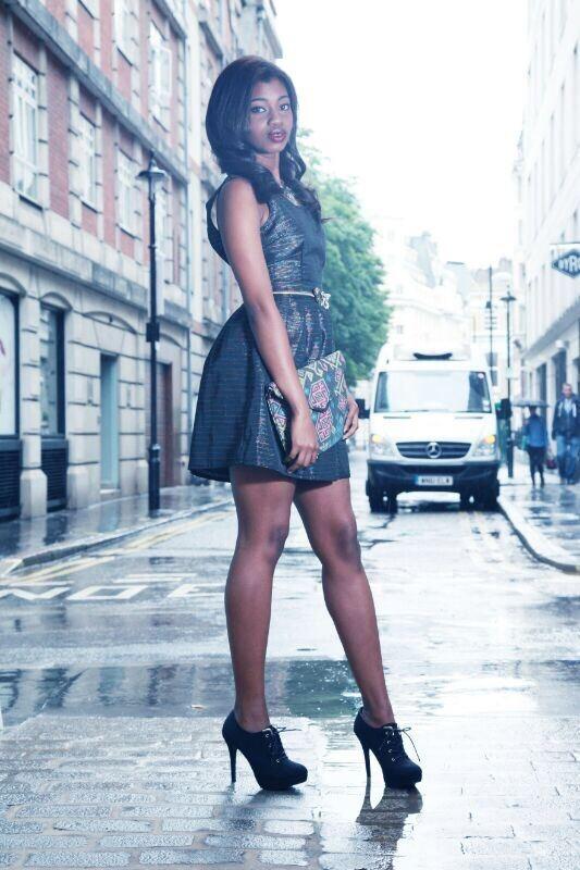 Female model photo shoot of Samarahughes