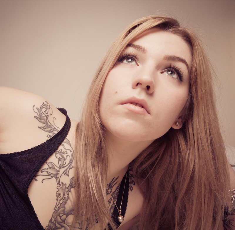 Female model photo shoot of Damiana Doe by lunchbox sodapop