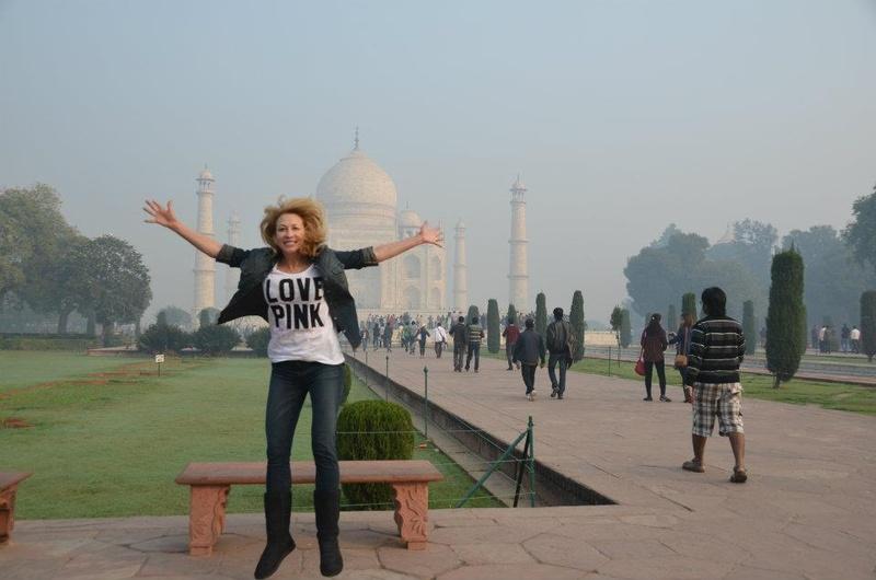 Female model photo shoot of DianaGOL in India, Taj Mahal