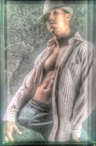 Male model photo shoot of RLuis