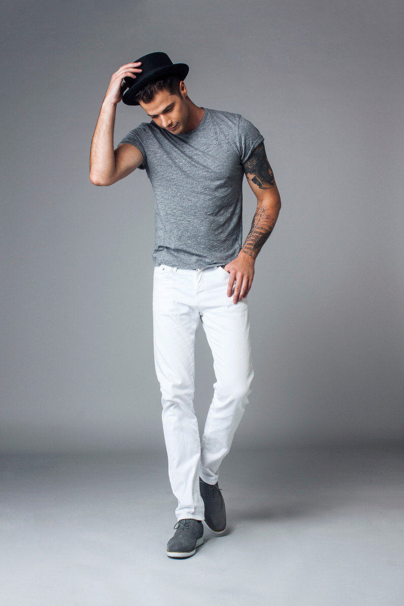 Male model photo shoot of Oliver Goodwill