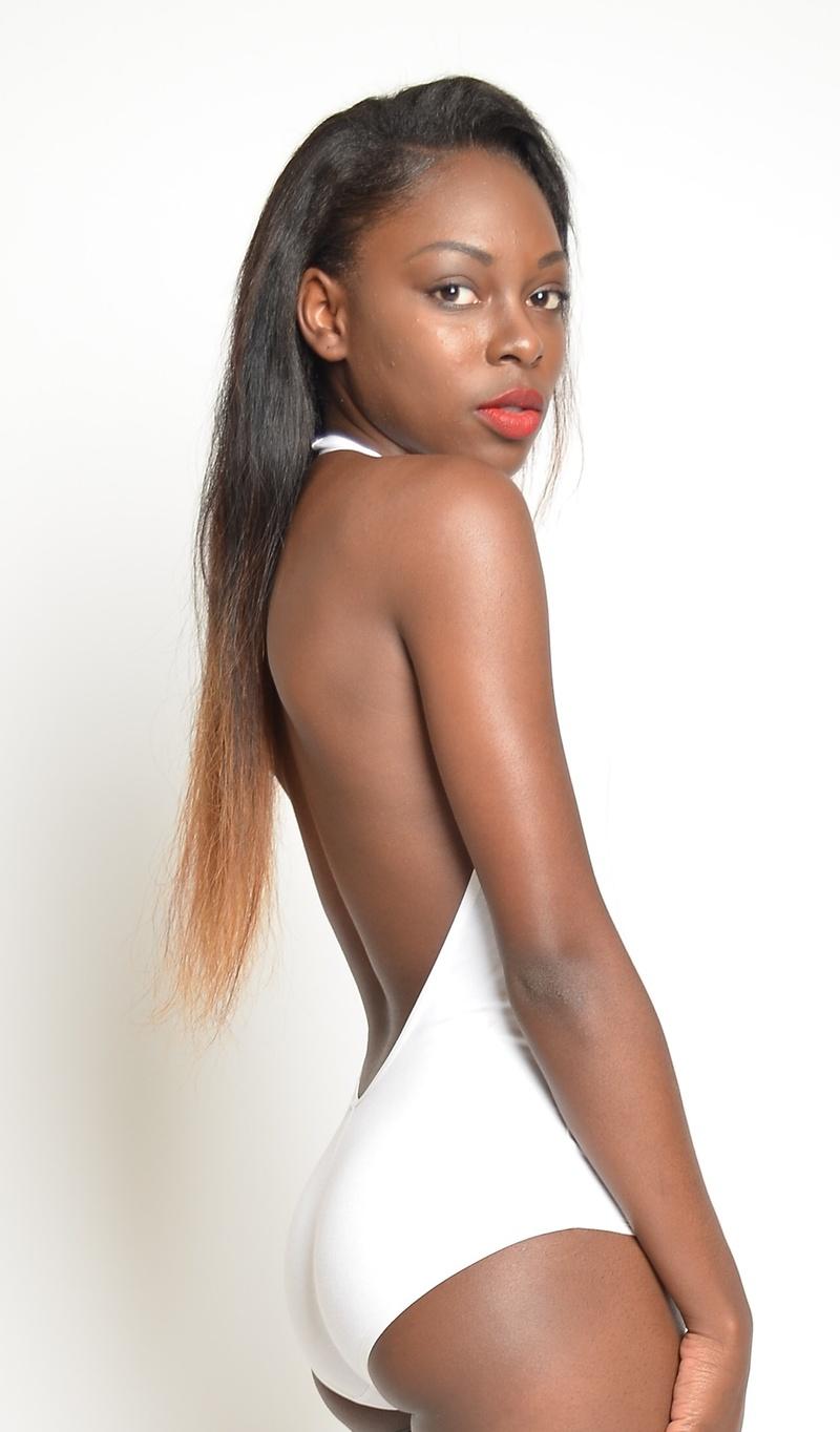 Female model photo shoot of JMeea