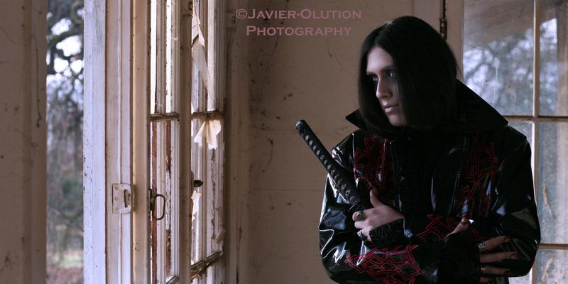 Male model photo shoot of Javier-Olution