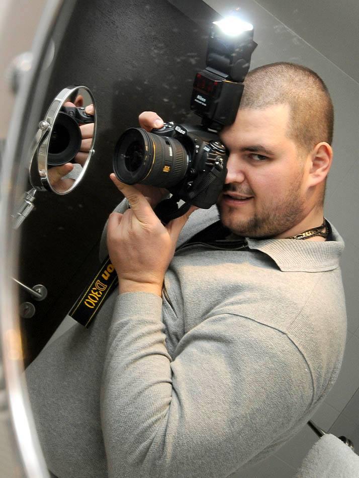 Male model photo shoot of Kiril Hristov