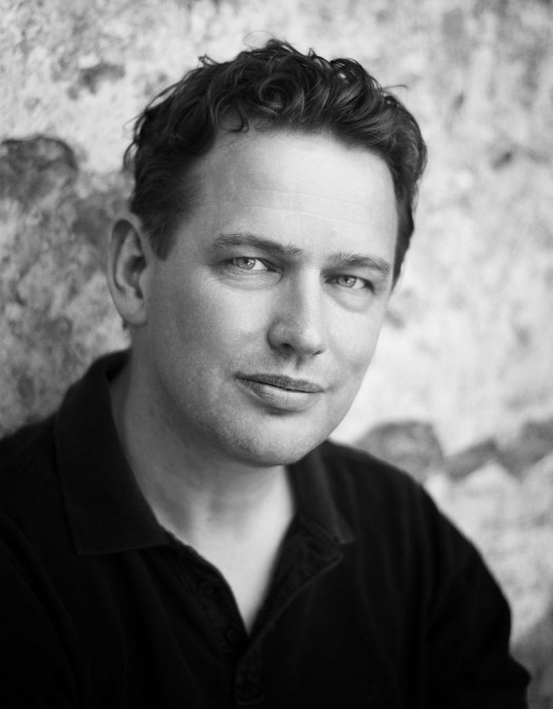 Male model photo shoot of Martin Ogle 74