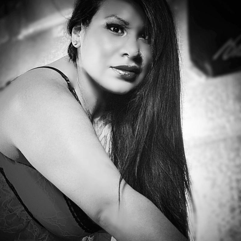 Female model photo shoot of MissNellieoregon