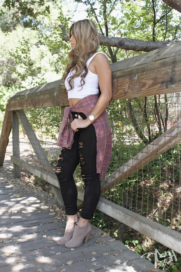 Female model photo shoot of Meuy Saelee