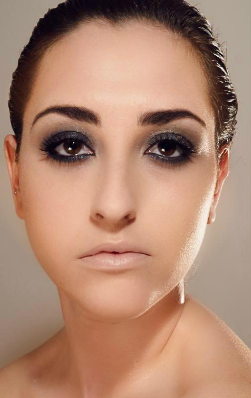 Female model photo shoot of jessreynoldsmua