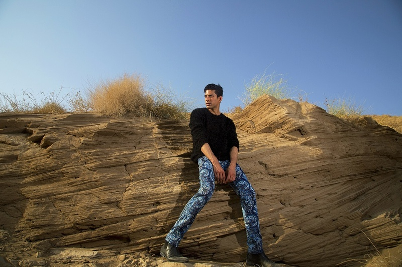 Male model photo shoot of Kamilalhinai in Muscat, Oman.