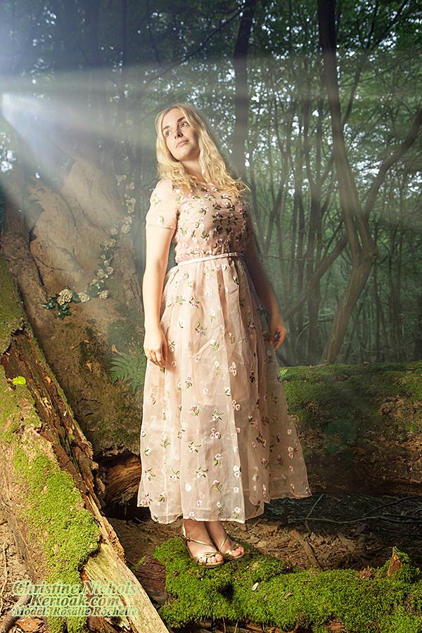 Female model photo shoot of Rosalie Rochelle by deletion1deletion2, retouched by delete1delete2delete4