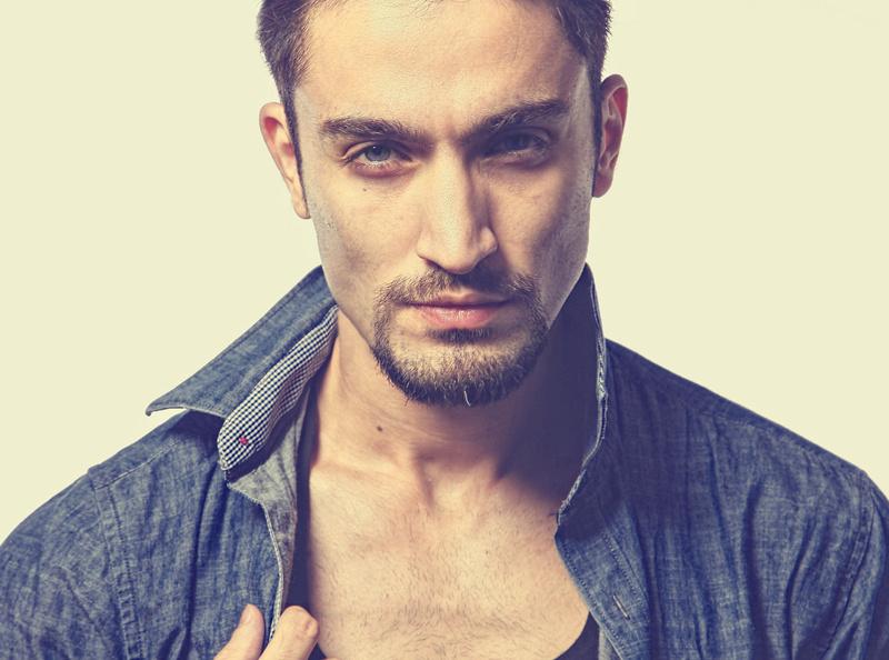 Male model photo shoot of Nawab Faizi in Delhi
