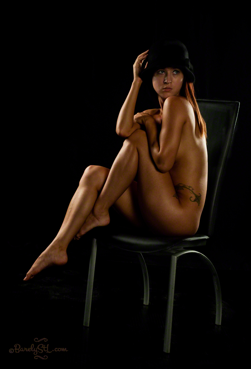 http://photos.modelmayhem.com/photos/140916/02/541804306e636.jpg
