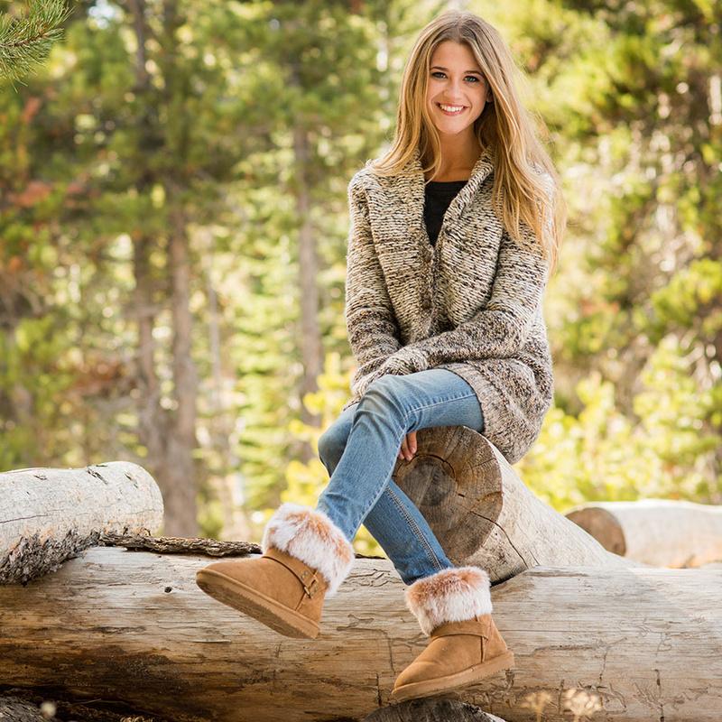 Female model photo shoot of Alexandra Clarke
