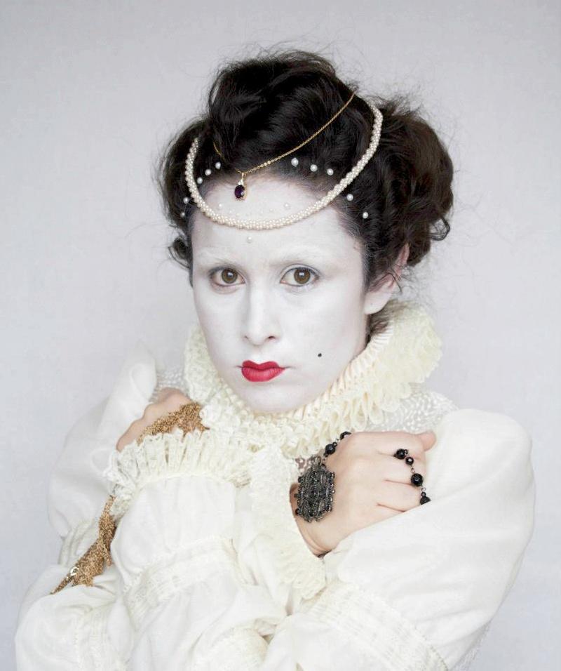 Female model photo shoot of A_L