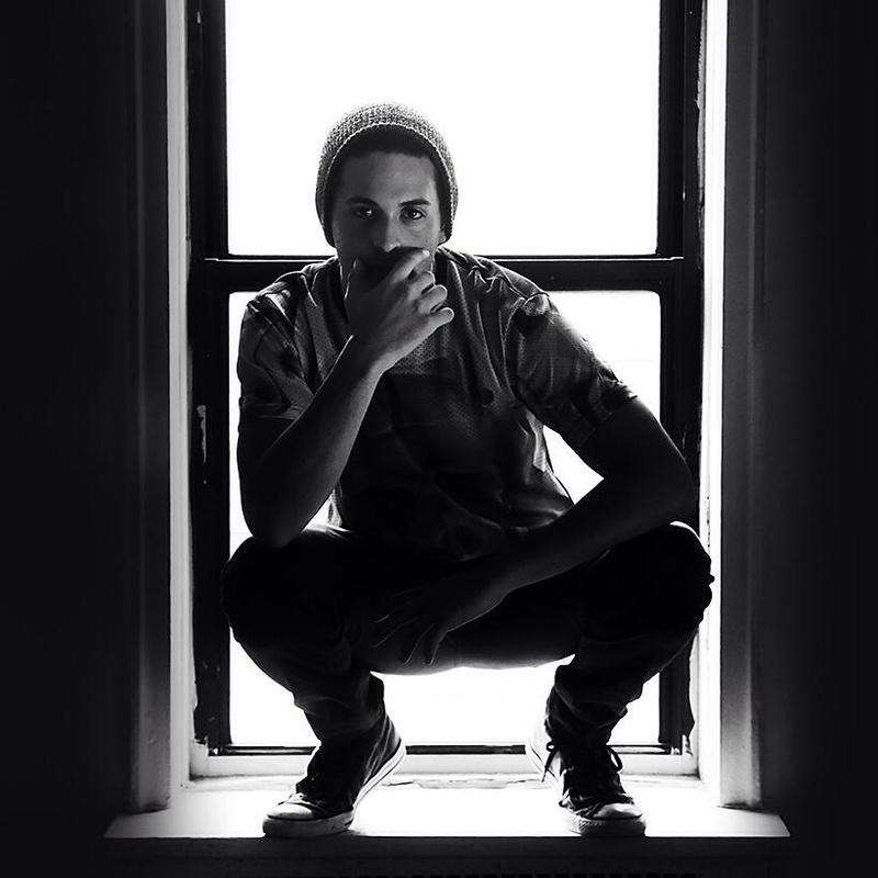 Male model photo shoot of RobSerrano