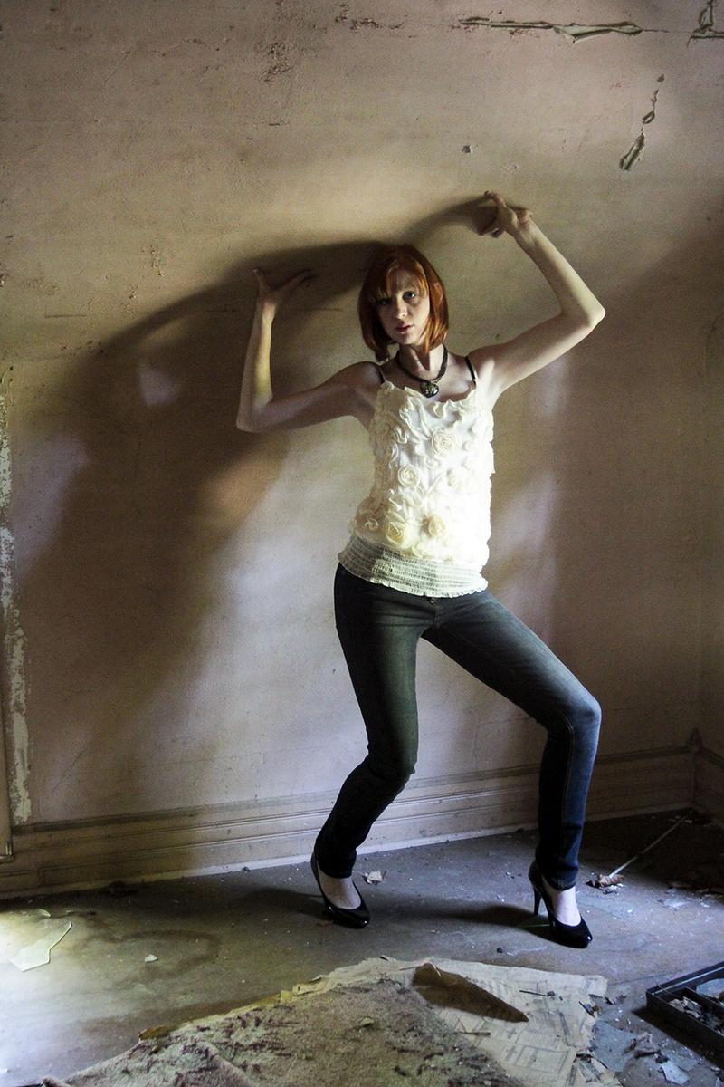 Female model photo shoot of Elocin Photographic in Pickerington, Ohio