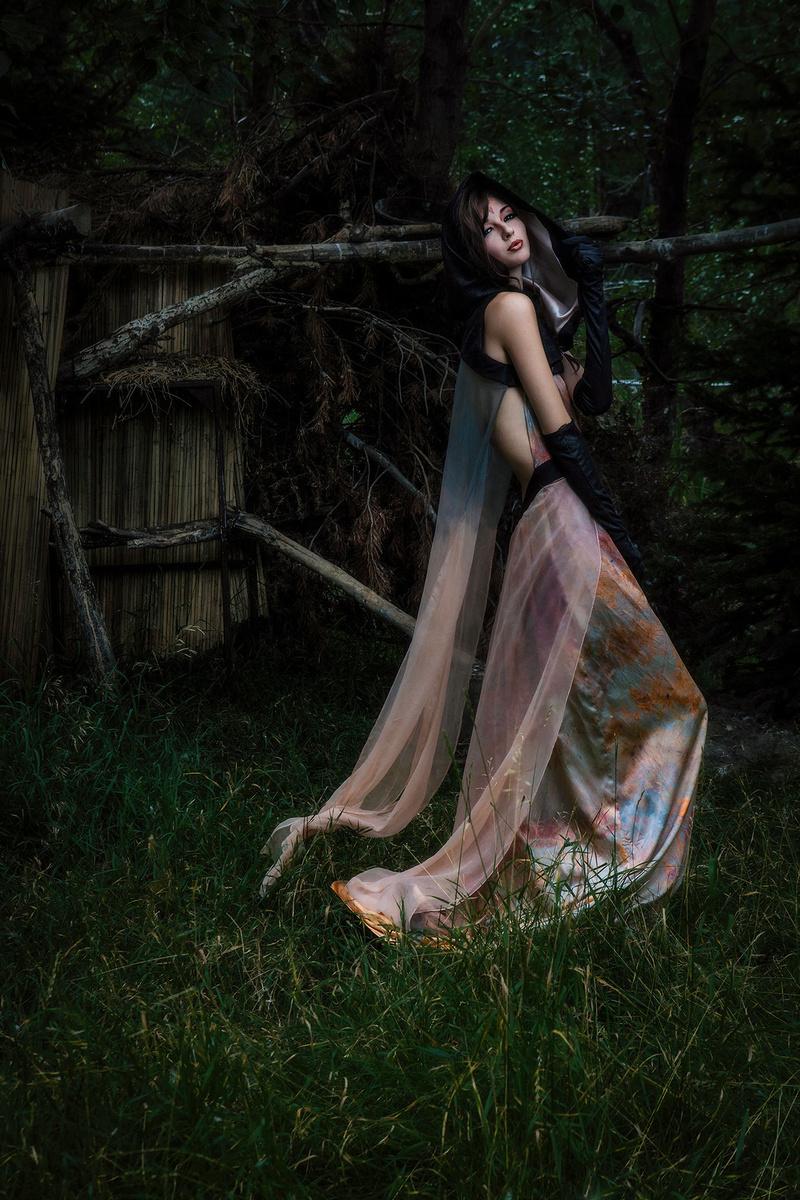Female model photo shoot of Kira Sams