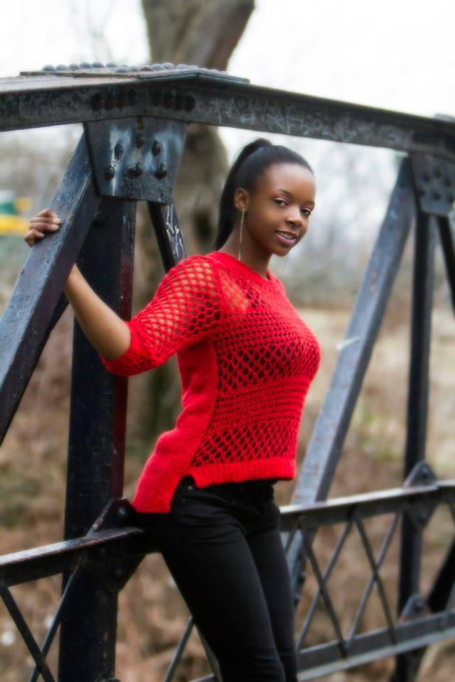 Female model photo shoot of Raheeda Leenae